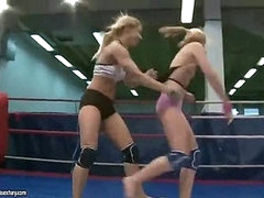Sexy young blondes fighting