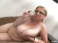 Hot cougar Lucy Rose smoking