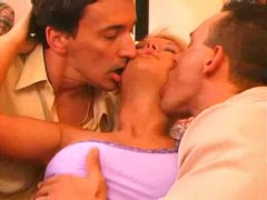 Hotel room threesome with a sexy blonde