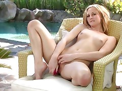 Hawt Tatum Woods loves toying her juicy wet slot