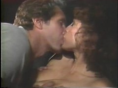 Bushy cookie sex in hot retro with cumshot