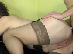Elsa&Charles mommy gives arse action