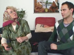 Granny receives him excited with body