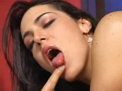 Lady-boy cocksmoker is fucking gorgeous