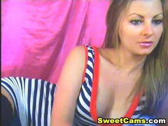 Glamorous Blond Babe Striptease HD