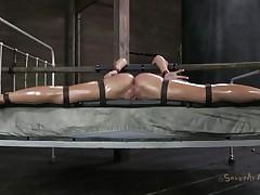 she spread her legs like it or not