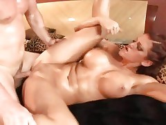 Hottie Eve Lawrence enjoys a coarse pussy pounding