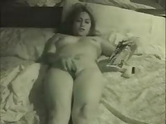 Beauty with fingers in cunt